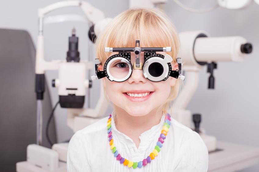 Mutterkindpass Augenuntersuchung
